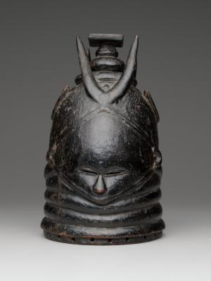 Manowulo, Mende, helmet mask (sowei), c. 1940–1960, pigmented wood, Dallas Museum of Art, African Collection Fund, 2006.44