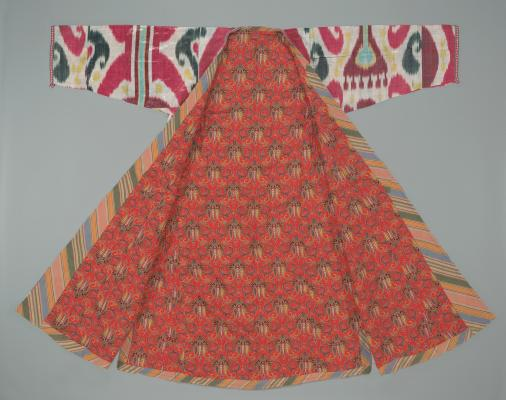 Coat (chapan), early 20th century, silk and cotton, Dallas Museum of Art, gift of Sally R. and William C. Estes, 2005.70