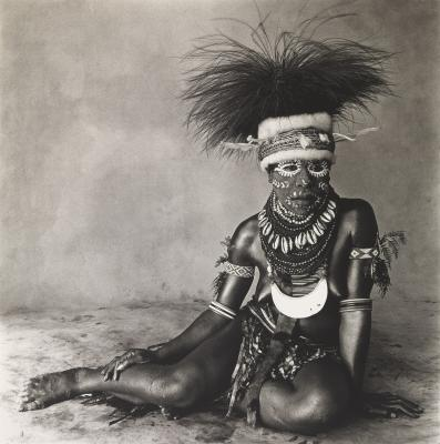 Irving Penn, Sitting Enga Woman, New Guinea, Copyright © The Irving Penn Foundation