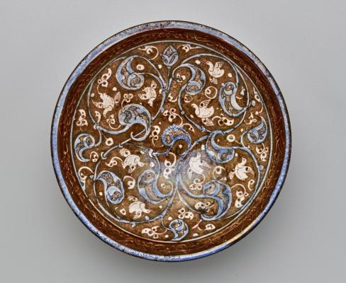 Bowl with luster-painted decoration, 12th–13th century, ceramic, The Keir Collection of Islamic Art on loan to the Dallas Museum of Art, K.1.2014.342
