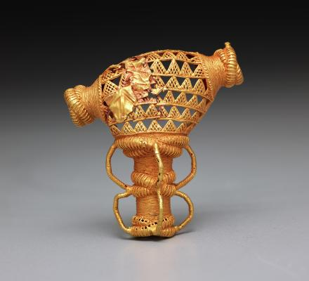 Pendant, Asante peoples, Ghana, Africa, Late 19th century, gold-copper-silver alloy, Dallas Museum of Art, McDermott African Art Acquisition Fund 2014.26.2