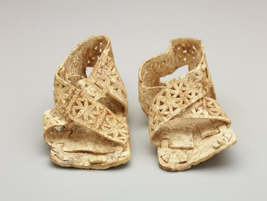 Peru, Chimú, pair of infant shoes, 1100-1400, Dallas Museum of Art, gift of Jonathan and Philip Holstein, 1076.47.A-B