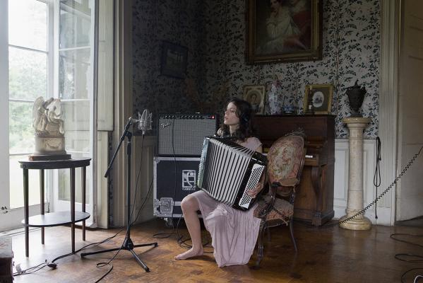 Ragnar Kjartansson, The Visitors, 2012, nine-channel video projection, duration: 64 minutes. Photo by Elisabet Davids. Courtesy of the artist, Luhring Augustine, New York and i8 Gallery, Reykjavik