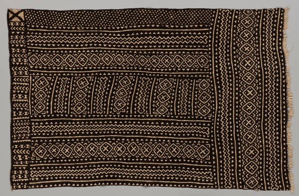 Bogolanfini wrapper, Mali, Bamana peoples, 1970–1989, cotton, natural dyes, Dallas Museum of Art, Textile Purchase Fund, 2021.10.2.3